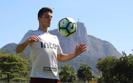 Shaylon é opção do São Paulo para enfrentar o Vasco no Rio de Janeiro (Foto: Rubens Chiri / site oficial do SPFC)