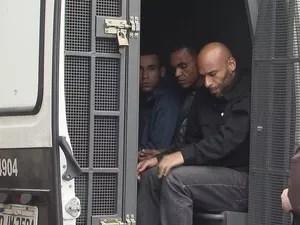 Edinho segue detido no 5º DP de Santos, aguardando alvará de soltura (Foto: Reprodução/ TV Tribuna)