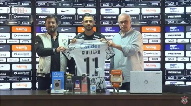 Giuliano, novo camisa 11 do Corinthians  — Foto: Corinthians TV/Reprodução