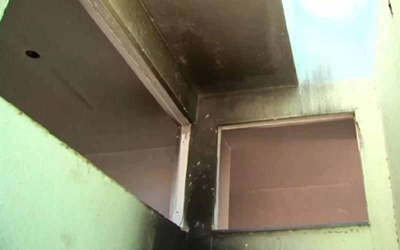 Paredes internas tem marcas de fogo (Foto: Reprodução/TV Bahia)