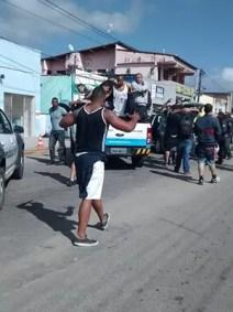 A PM prendeu 15 torcedores no aeroporto de São Gonçalo do Amarante nesta quarta (Foto: Divulgação/PM)