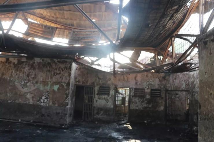 Bloco de prisão da Indonésia que pegou fogo, em 8 de setembro de 2021 — Foto: Antara Foto/Via Reuters