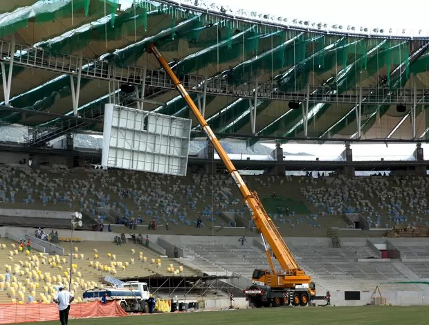 Estrutura telão estádio Maracanã (Foto: Érica Ramalho)