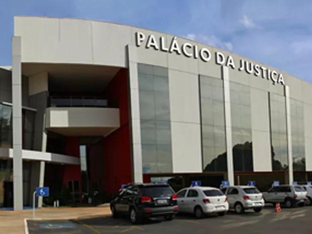 Tribunal de Justiça de MT alega que, além dos salários, magistrados receberam férias e 13º  (Foto: Assessoria/ TJMT)