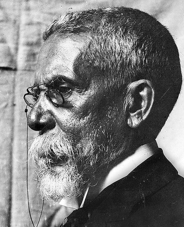 Imagem de perfil do escritor Machado de Assis em 1904 (Foto: Divulgação)