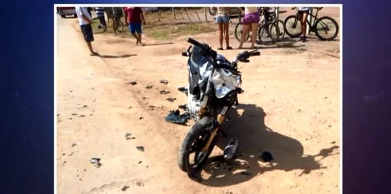 Motociclista de 20 anos morreu em acidente em Ilhota. (Foto: Reprodução/NSC TV)