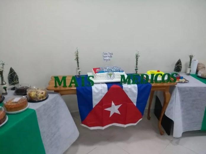 Despedida de 15 médicos cubanos foi realizada no auditória da Prefeitura de Rio Branco  — Foto: Aline Vieira/Rede Amazônica Acre
