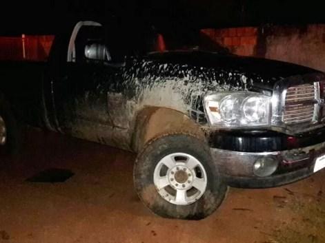 Traficante sofreu acidente com caminhonete e abandonou carga de droga (Foto: Divulgação/Polícia Civil de MT)