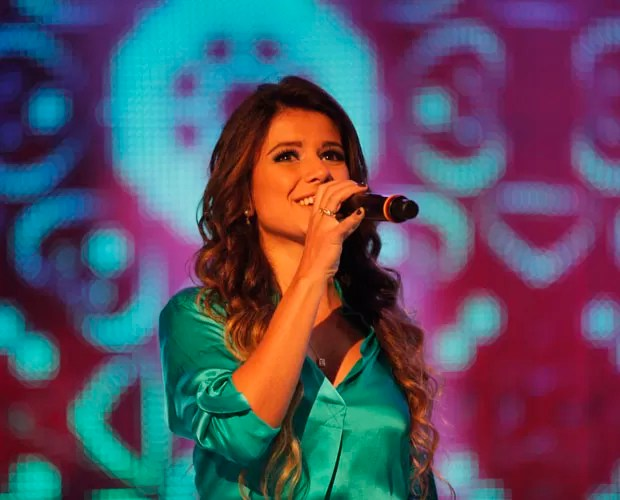 Paula Fernandes (Foto: Domingão do Faustão / TV Globo)
