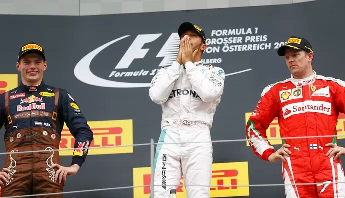 Lewis Hamilton pódio GP da Áustria (Foto: Reuters)