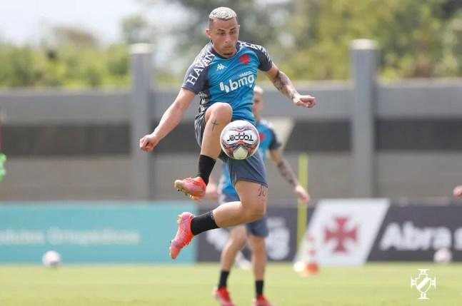 Bruno Gomes é o favorito para substituir Andrey no Vasco — Foto: Rafael Ribeiro/Vasco