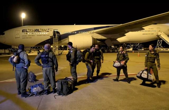 Avião com militares de Israel pousa em MG para ajudar nos trabalhos em Brumadinho — Foto: REUTERS/Washington Alves