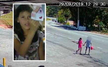 Vídeo mostra a menina Raíssa de mãos dadas com adolescente em Perus — Foto: TV Globo/Reprodução