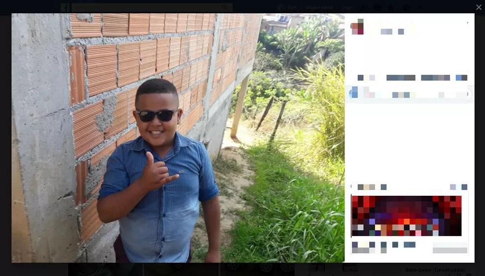 Garoto de oito anos morreu após ser baleado em ataque a tiros contra o tio dele na Bahia — Foto: Reprodução/Facebook