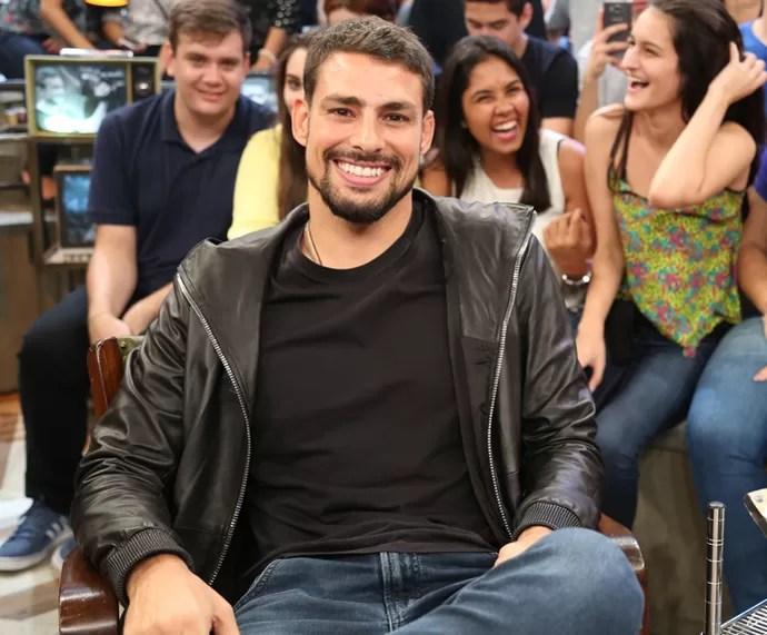 Cauã Reymond participa da gravação do Altas Horas (Foto: Carol Caminha/Gshow)