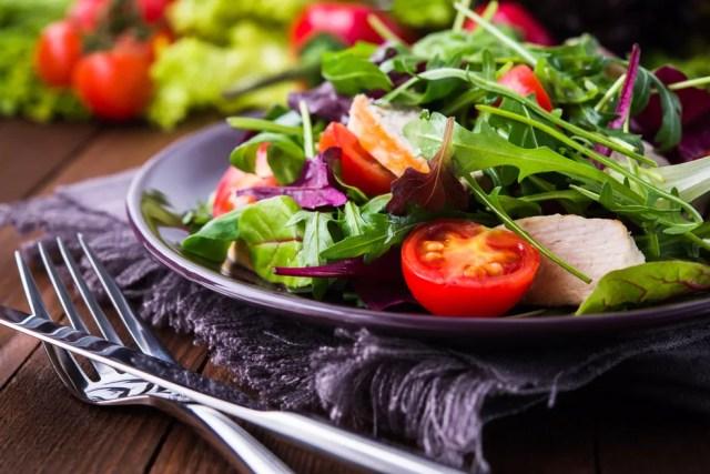 O consumo regular de frutas e hortaliças é 33% menor na população negra em relação a branca, diz pesquisa. — Foto: Shutterstock