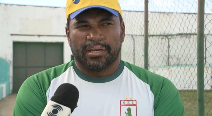 Técnico Sousa, Índio Ferreira teme pela integridade física dos integrantes da sua delegação (Foto: Reprodução / TV Paraíba)