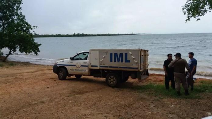 IML foi chamado para recolher o corpo — Foto: Mazim Aguiar/ TV Anhanguera