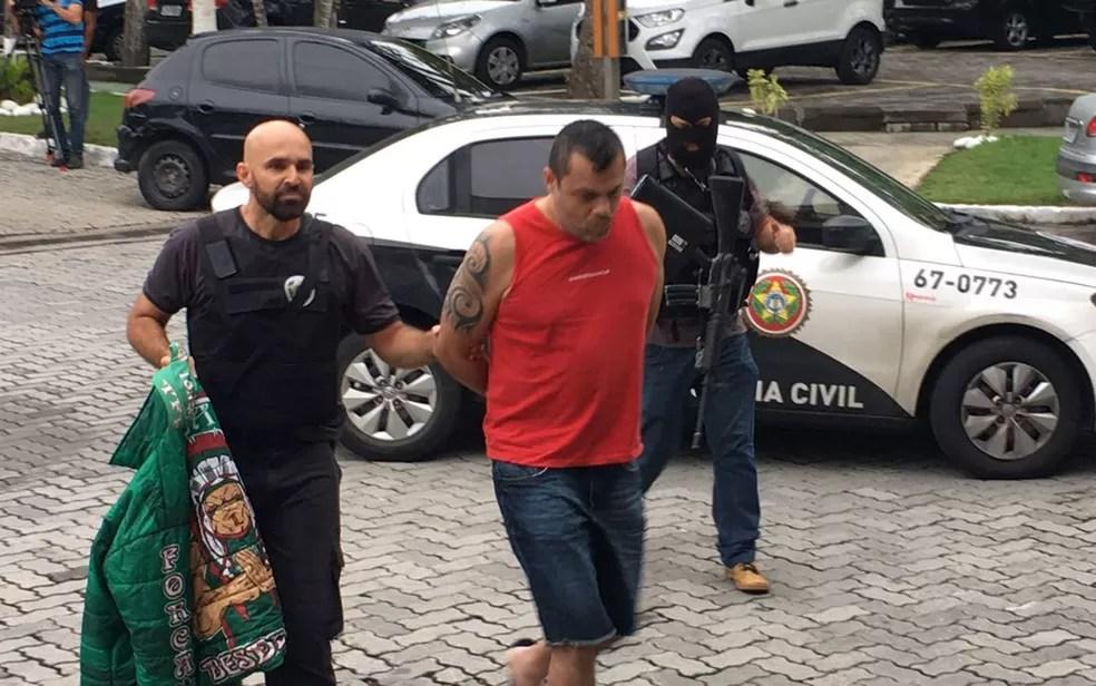 Ricardo Alexandre Alves, o Pará, presidente da Força Flu foi levado para a Cidade Polícia (Foto: Fernanda Rouvenat / G1)