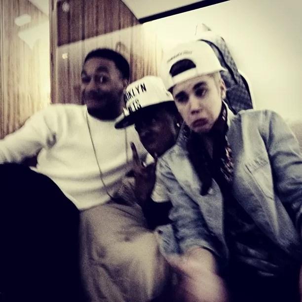 Justin Bieber se diverte com amigos (Foto: Instagram/Reprodução)