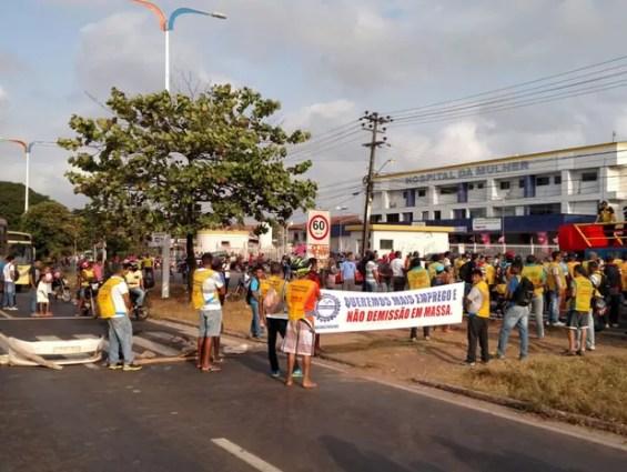 Trabalhadores da Construção Civil protestam por mais valorização (Foto: Douglas Pinto/TV Mirante)