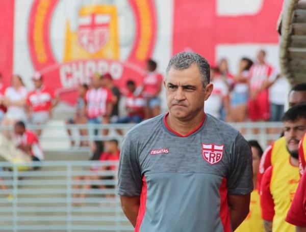 Marcelo Chamusca foi elogiado pelo reforço do CRB — Foto: Denison Roma/GloboEsporte.com