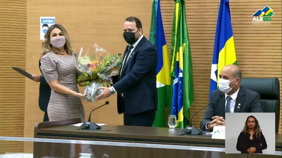 Deputado Alex Redano toma posse como presidente da ALE, em RO — Foto: Reprodução/ALE-RO