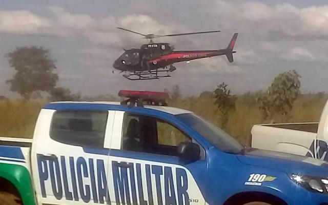 Helicóptero faz buscas por suspeito de matar família no DF, na região de Cocalzinho — Foto: Reprodução/Polícia Civil