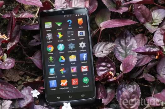 Moto Maxx vem com Android praticamente puro (Foto: Lucas Mendes/TechTudo)
