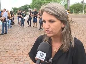 Prefeita Dirlei Bernardi dos Santos diz que protesto pretende chamar atenção do governo estadual (Foto: Reprodução/RBS TV)
