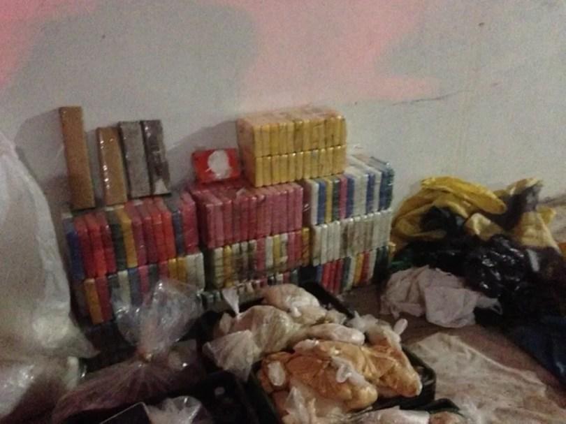 'Bunker' subterrâneo escondia 500 kg de drogas em fazenda em Piracicaba — Foto: Edijan Del Santo/EPTV/Arquivo