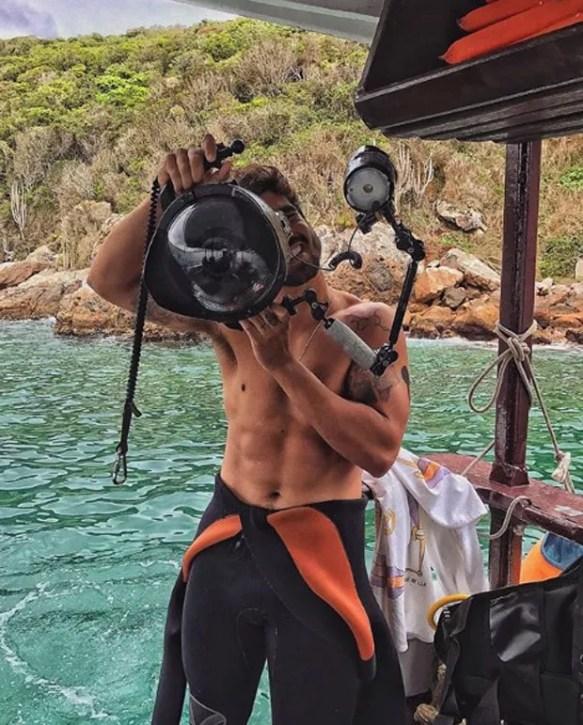 Caio durante passeio em Arraial do Cabo (Foto: Reprodução Instagram)