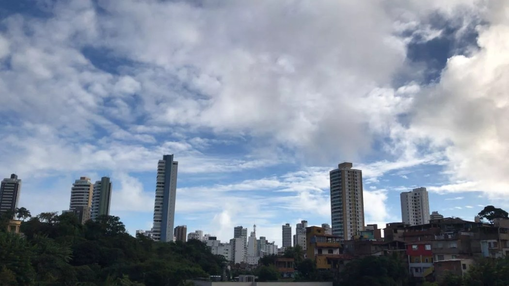 Resultado de imagem para Salvador  chuva isolada