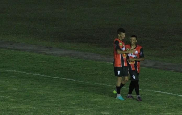 Ex-dupla de ataque do São Paulo Crystal, Biro-Biro e Isaías vão jogar no Nacional de Patos — Foto: Cisco Nobre/GloboEsporte.com