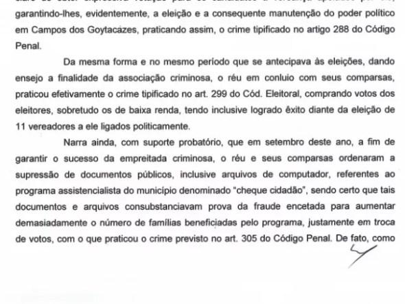 Decisão judicial fala em associação criminosa e compra de voto de Garotinho (Foto: Reprodução)