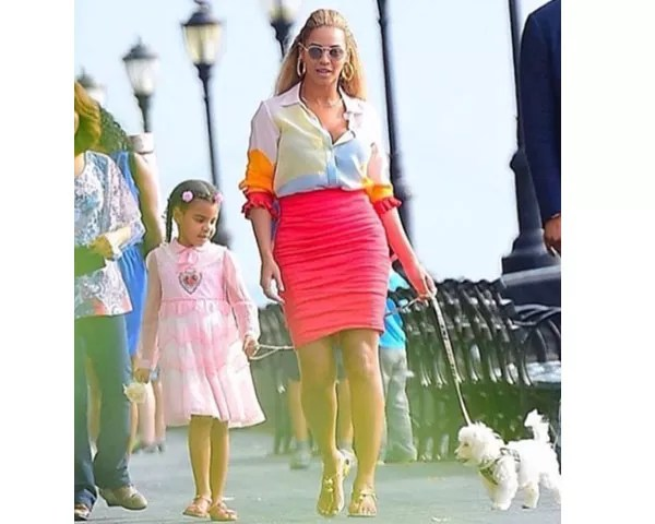 Beyonce e a filha Blue Ivy (Foto: Instagram)