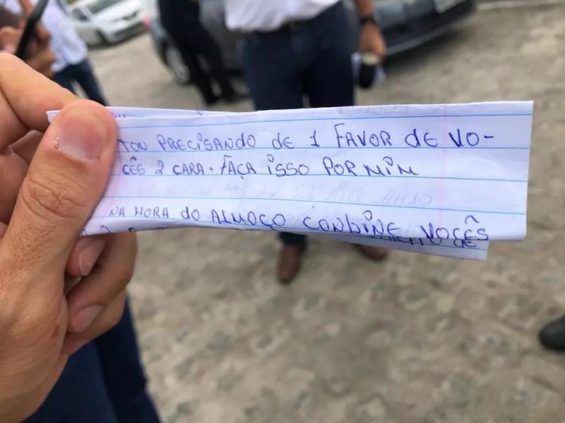 Trecho de uma das cartas apreendidas durante a Operação Letter, na Paraíba — Foto: Zuíla David/TV Cabo Branco