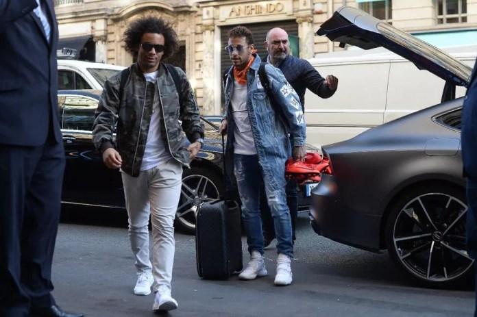 Astro chegou junto a Marcelo na concentração da Seleção (Foto: Pedro Martins/Mowa Press)