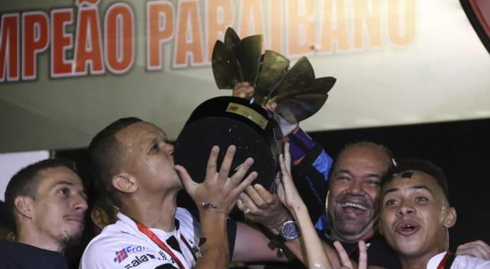 Multicampeão pelo Botafogo-PB, Warley agora vai se aventurar como técnico — Foto: Raniery Soares / Paraíba Press / FPF