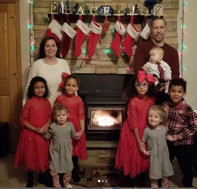 Mãe conta como é a rotina com 7 crianças em casa (Foto: Reprodução: Instagram )