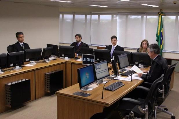 Julgamento do recurso de Lula no TRF-4 (24) (Foto: Sylvio Sirangelo/TRF-4)