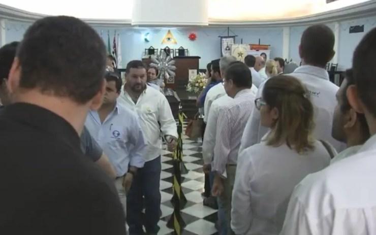 Velório do empresário em Araçatuba (Foto: Reprodução/TV TEM)