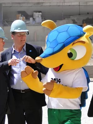 Mascote da Copa no Mineirão (Foto: Pedro Triginelli / G1MG)