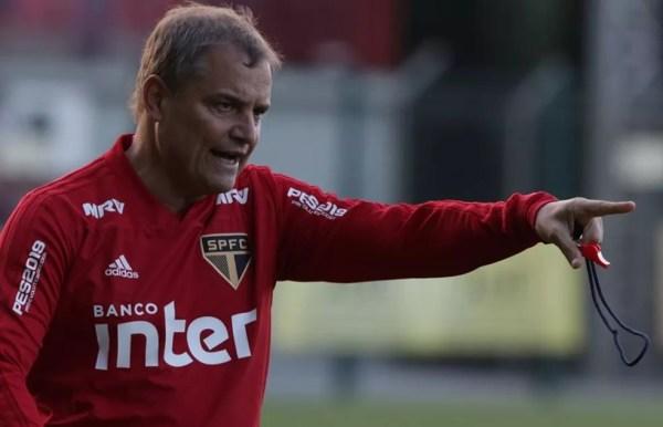 Diego Aguirre ainda não perdeu em casa neste Brasileirão: são sete vitórias e dois empates (Foto: Rubens Chiri / www.saopaulofc.net)