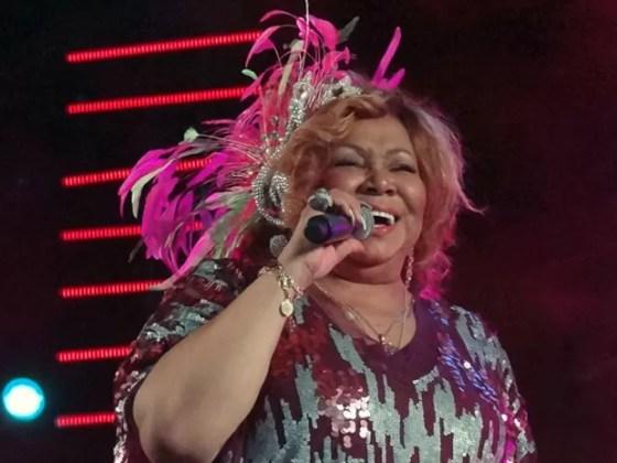 Alcione não deixou de lado o romantismo de suas músicas (Foto: Katherine Coutinho/G1)