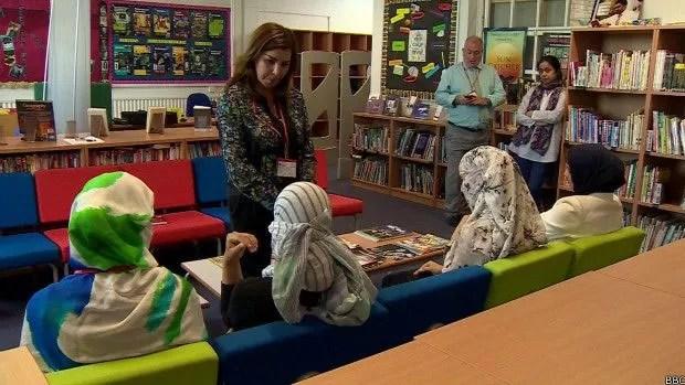 Vítimas do autoproclamado Estado Islâmico contam histórias de abuso e sofrimento  (Foto: BBC)