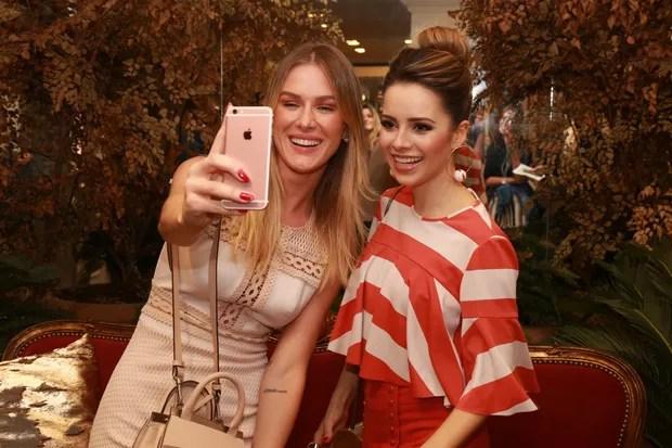 Sandy e Fiorella Mattheis (Foto: Deividi Correa / AgNews)