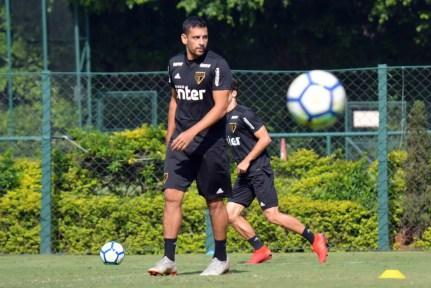 Diego Souza é o artilheiro do São Paulo no ano, com 16 gols — Foto: Érico Leonan/saopaulofc.net