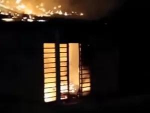 Incêndio em Taguatinga (Foto: Divulgação/ PM)