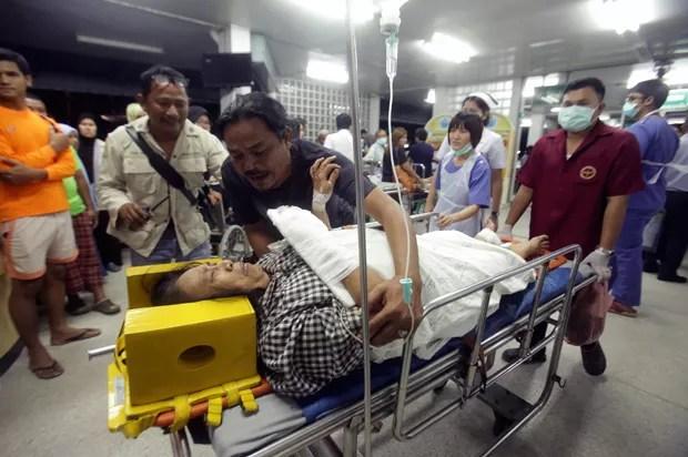 Explosão de bomba deixou 1 morto e 18 feridos na Tailândia (Foto: Tuwaedaniya Meringing/AFP)